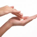 肩こり、冷え性、肌荒れ、疲労回復に入浴剤を効果的に
